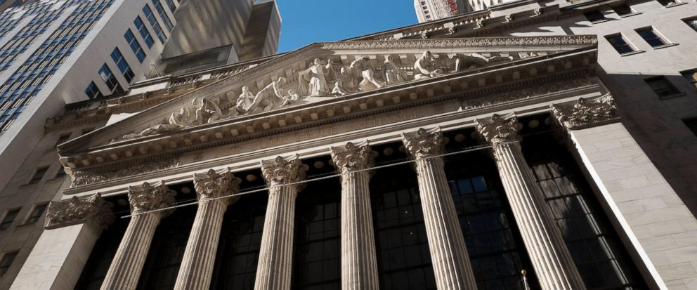 FILE - This Wednesday, Dec. 21, 2016, file photo shows the New York Stock Exchange. U.S. stocks are starting the week higher as media companies gain, Monday, July 31, 2017. Scripps Networks, the company behind HGTV and the Food Channel, rose after it