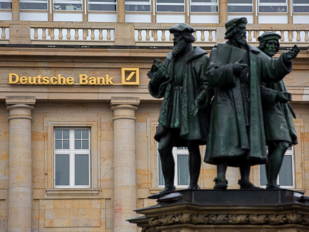PHOTO: Statues stand outside a Deutsche Bank AG bank branch in Frankfurt, Germany, on Oct. 20, 2016.