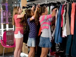 Teen Shopping Mall 39