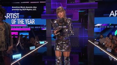 Taylor Swift gets political at American Music Awards
