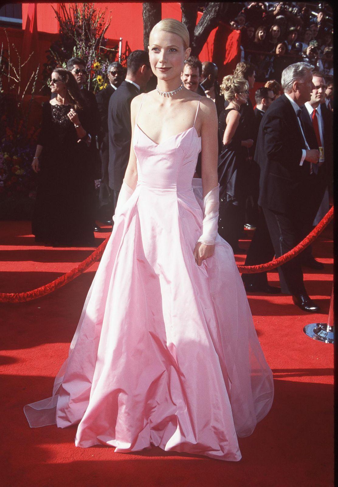Gwyneth Paltrow in Ralph Lauren Picture | Best Oscar ...