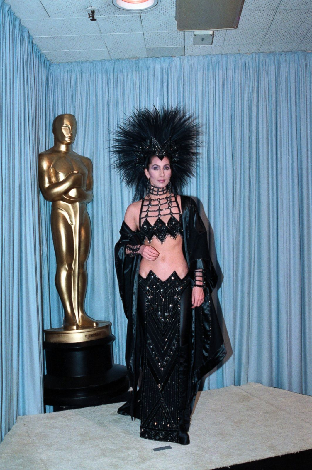 Cher in Bob Mackie Picture | Best Oscar dresses through ...