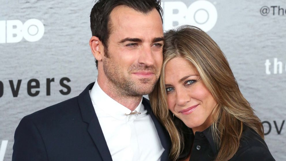 Justin Theroux Admits He And Jennifer Aniston Have 'Hot