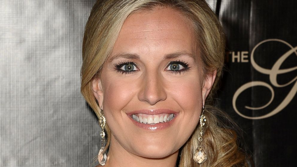 What Made Anchor Poppy Harlow Pass Out Live On the Air ...