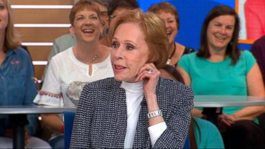 Carol Burnett dishes on new Netflix series and explains iconic ear-pulling move to kids during Q&A
