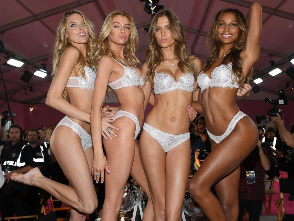 PHOTO: Martha Hunt, Stella Maxwell,Josephine Skriver and Jasmine Tookes pose prior the 2016 Victorias Secret Fashion Show, Nov. 30, 2016, in Paris.