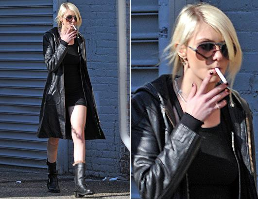 https://a.abcnews.com/images/Entertainment/pcn_smoking_momsen_100128_ssh.jpg