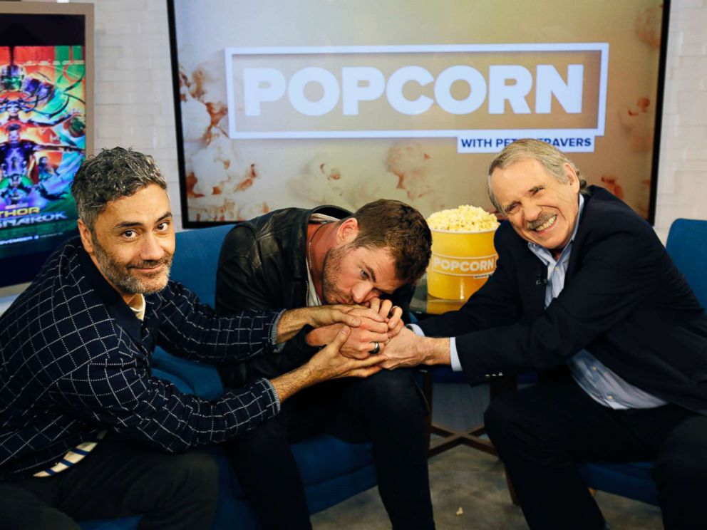 PHOTO: Director Taika Waititi and actor Chris Hemsworth appear on Popcorn with Peter Travers at ABC News studios, Oct. 30, 2017, in New York City.