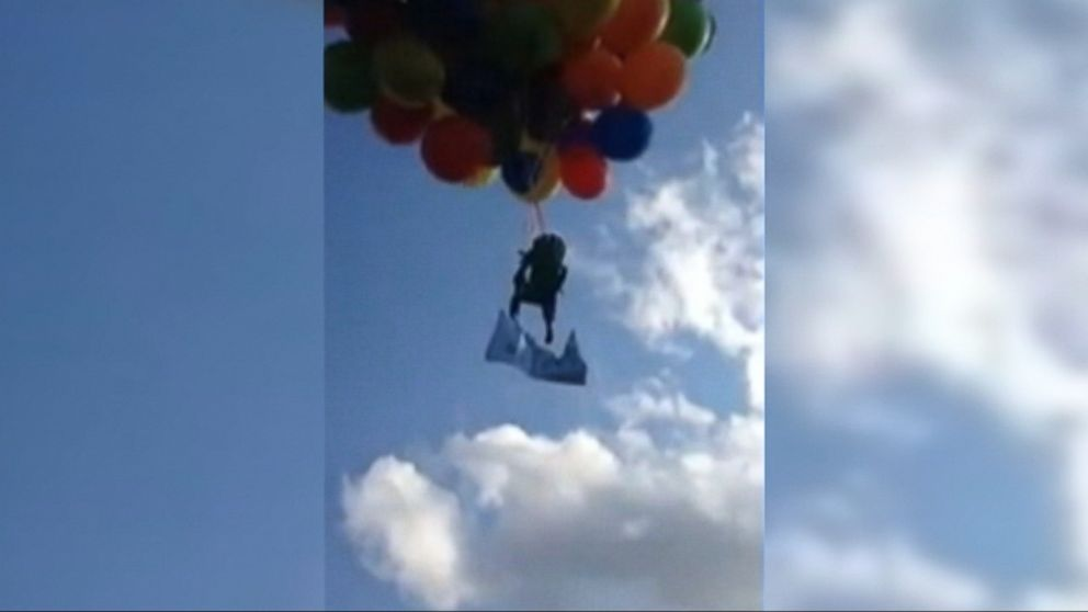 Man Flies Balloon Powered Lawn Chair Over Canada Video