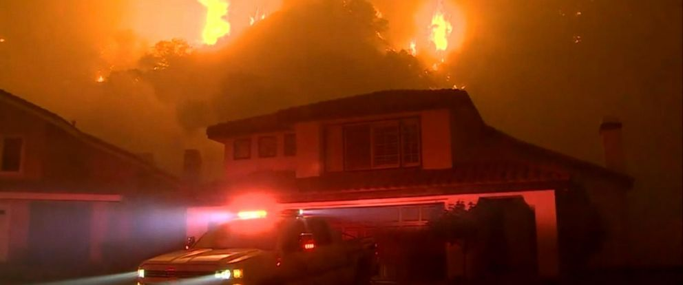 At least 1,000 Calif. residents evacuated due to fast-growing wildfire