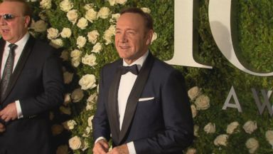 Kevin Spacey apologizes after sex harassment claim