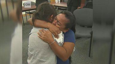 Deadline approaches on migrant parent, children reunions