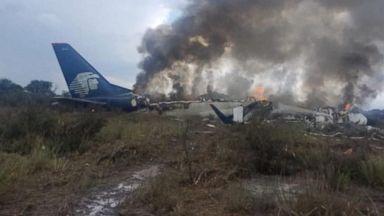 85 injured in Mexico plane crash