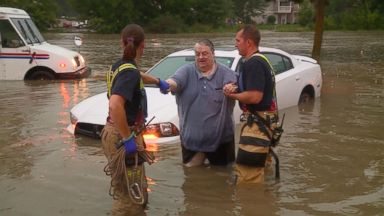 Severe storms slam Midwest