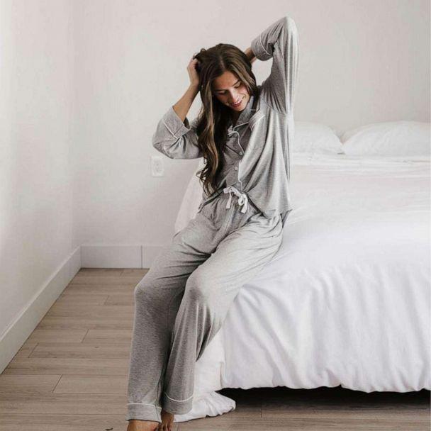Cozy Earth: Bamboo Bedding, Lounge Tees and Pajamas