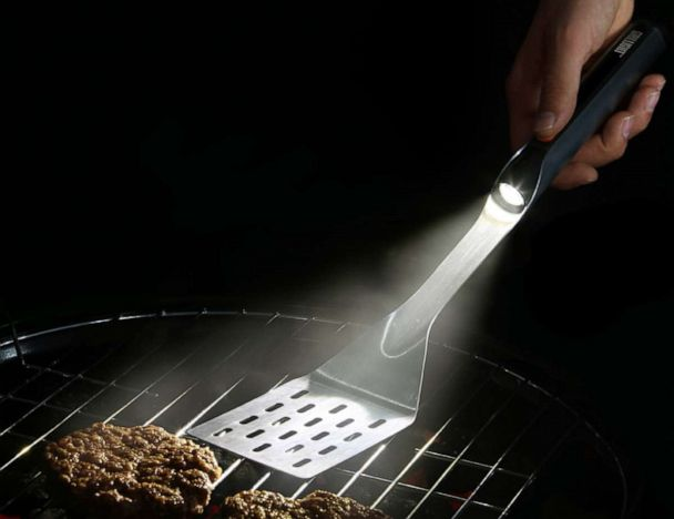Grillight: LED Spatula & Grilling Accessories