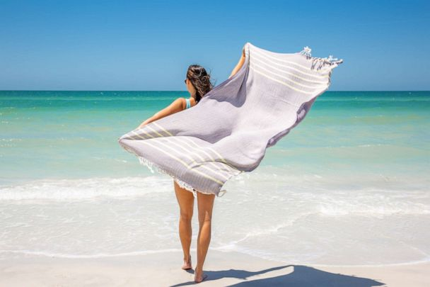 Sand Cloud: Quick-Drying Towels