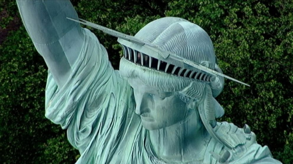 Statue Of Liberty To Wear Bowtie Video Abc News