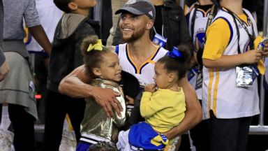 NBA star Steph Curry wants young girls to grow up in a world where women are 'paid equally'