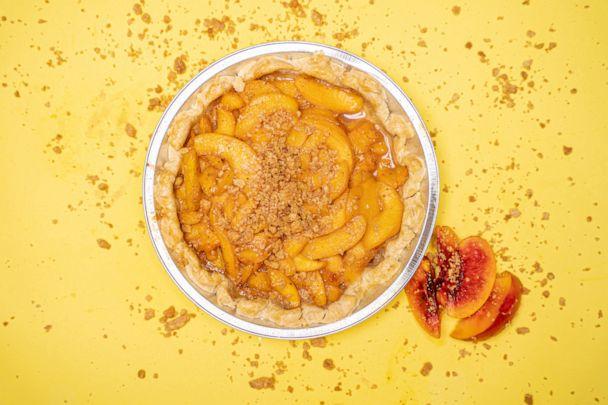 Lush Yummies Pie Company: Lemon Butta Pie & Peach Butta Cobbler