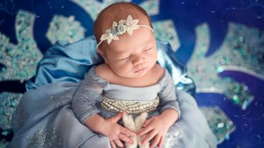 'Frozen' themed newborn photo shoot has us only thinking about warm hugs