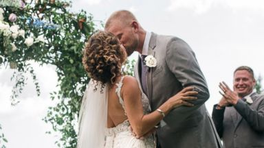 Couple devoted to Hurricane Irma relief efforts says 'I do' in donated wedding
