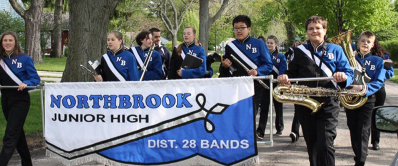 Middle School Band Brings End-of-Year Concert to Bandmate ...