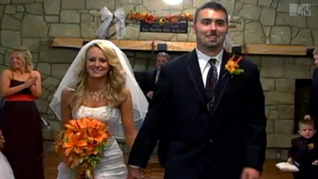 """""""Teen Mom 2"""" Star Leah Messer And Corey Simms Divorcing"""