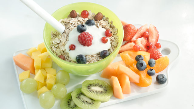 Resultado de imagen de healthy breakfast fruit