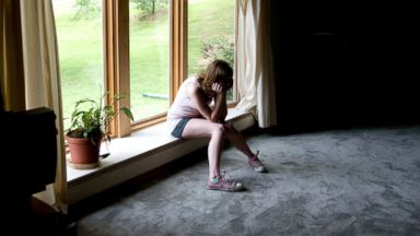 Teen anxiety and depression more likely in kids who don't trust or communicate with parents