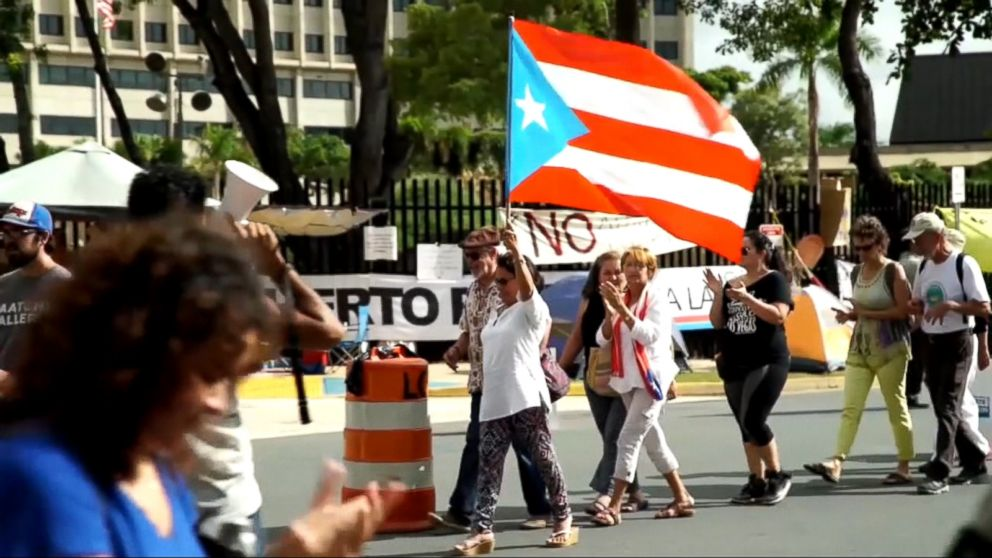 Bipartisan Bill Seeks To Make Puerto Rico The 51st U.S. State By 2021