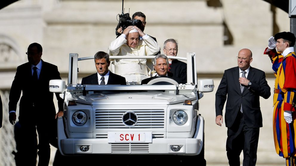 Pope Rejects Extra Security On Trip Despite Potential Isis
