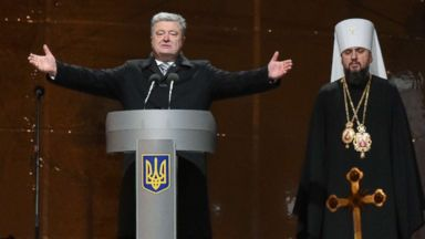 Ukraine moves towards separate church, as conflict with Russia leads to major schism