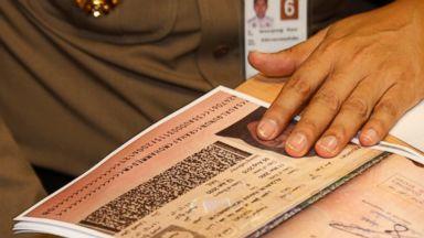 Saudi woman seeking asylum can stay temporarily in Thailand
