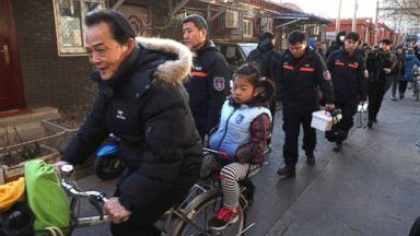 Man injures 20 kids with hammer in Chinese primary school