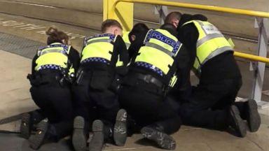 Injured UK cop: 'Instinct took over' during terror attack
