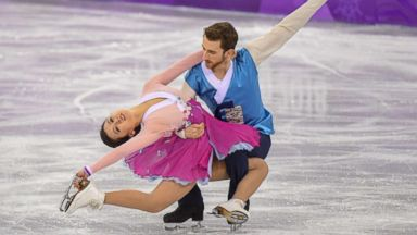South Korean ice dancers honor host nation with traditional music, costumes
