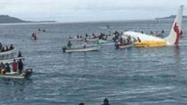 No serious injuries, 1 missing as Boeing 737 lands in ocean near Micronesia