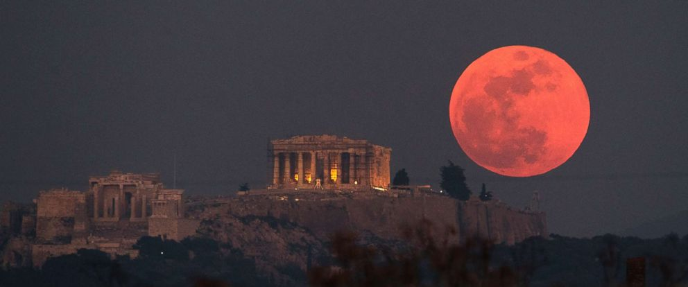 red moon tonight greece - photo #1