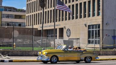 US diplomats in Cuba suffered inner-ear damage after experiencing mysterious sound or pressure, doctors say