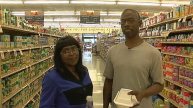 Mississippi woman donates kidney to customer