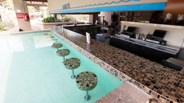 12 Best Swim Up Bars In The Us Abc News