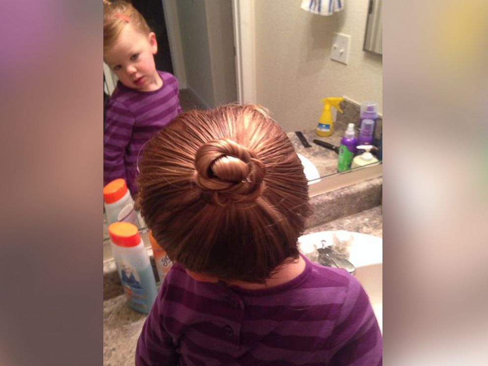 Single Dad Learns To Style Toddler S Hair At Cosmetology