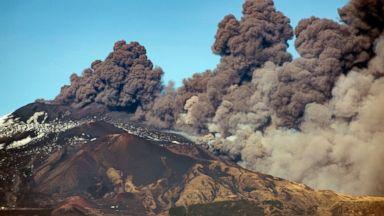 Quake from Mount Etna volcano jolts Sicily; 10 injured