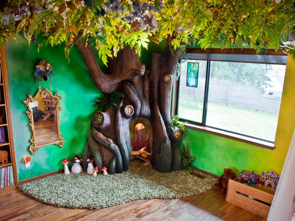 Dad Builds Magical Fairy Tale Tree In Daughter's Bedroom