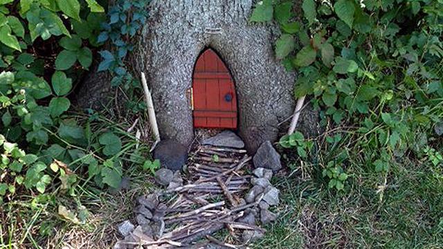Mystery 39 gnome homes 39 pop up in kansas park photos abc news - Home and garden show overland park ...