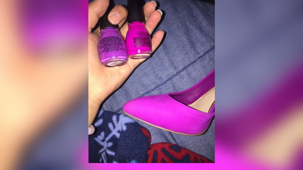 Pink Or Purple Theshoe Is Thedress All Over Again Abc News