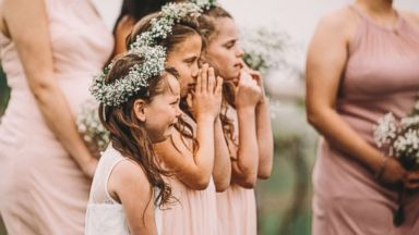 6-year-old sobbing at her parents' wedding will hit you right in the feels