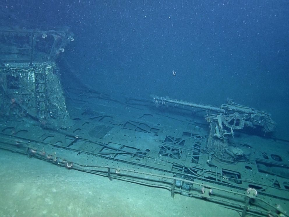Awesome Photos of Two WWII Ship Wrecks U-166 and SS Robert ...