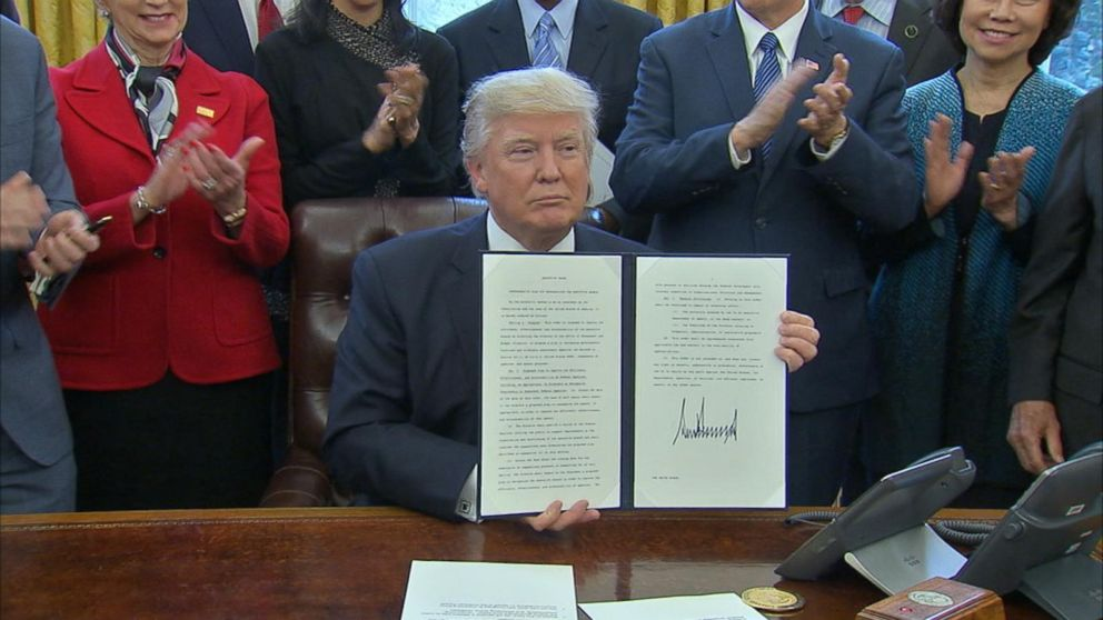 Trump orders review of executive branch Video - ABC NewsTrump Executive Order Tonight